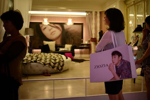 「ジミー チュウ」や「イヴ・サンローラン」も大ヒット、韓国ドラマの宣伝効果