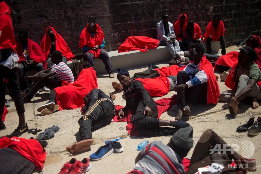 地中海で1日に500人近い移民を救出 スペイン