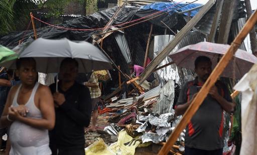 擁壁崩落事故の死者22人に、インド・ムンバイ