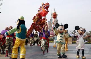 上海ディズニー、7~15%値上げ 来年6月から