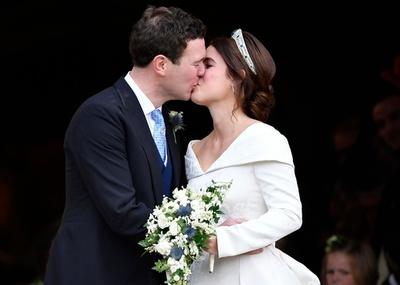 英女王の孫ユージニー王女が結婚、今年2組目のロイヤルウエディング