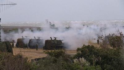 動画:台湾、中国軍の侵攻想定した実弾演習を実施 陸海空軍が参加