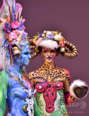 ウクライナで美容アートの祭典、独創的な「作品」ずらり