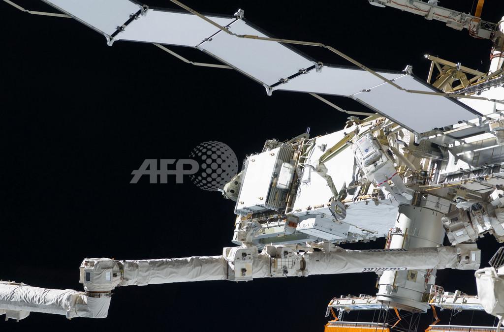 国際宇宙ステーション、太陽電池パネル展開完了