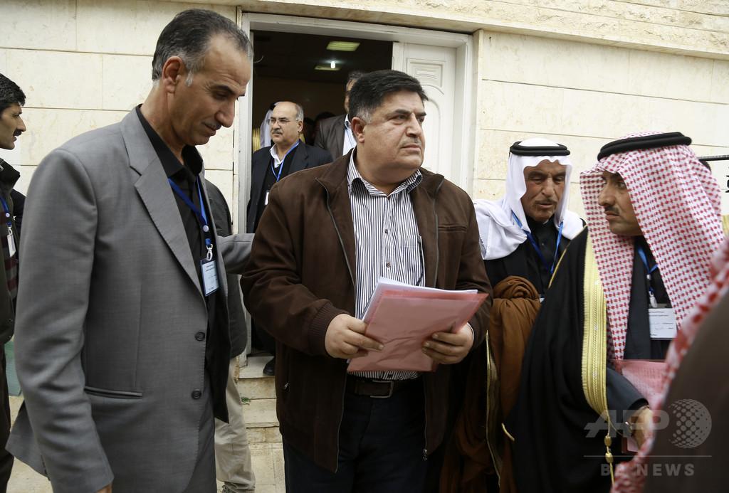 シリアのクルド人勢力、北部に「連邦地域」樹立を宣言