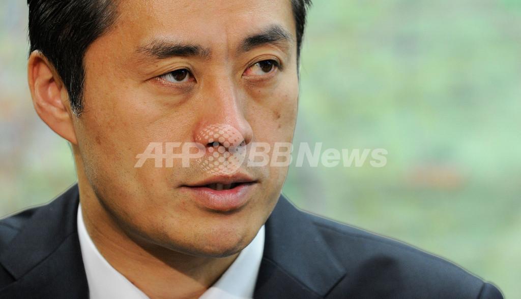 事故対応の最中でもクールな大臣、細野原発事故担当相インタビュー