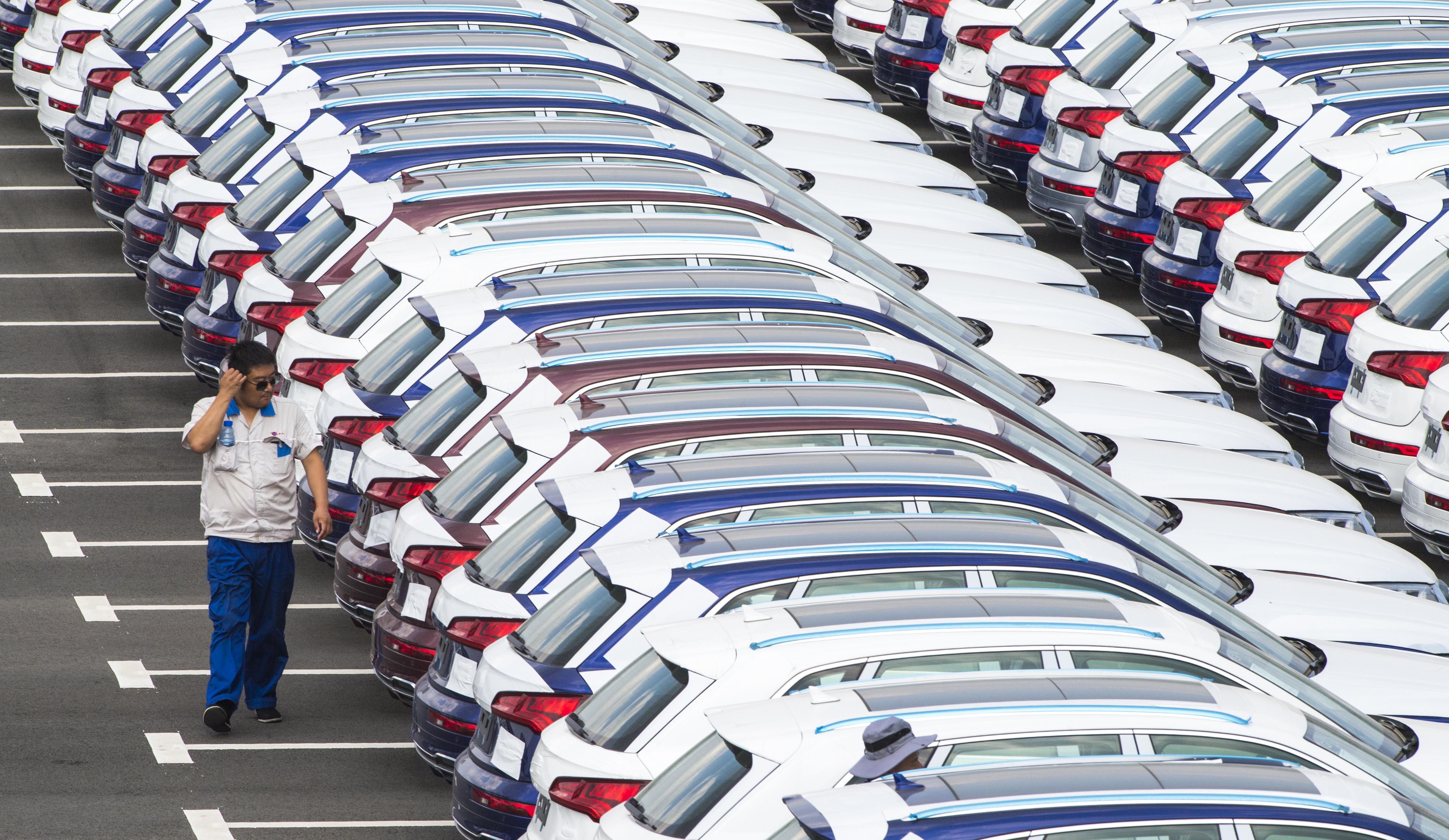 中国の自動車販売台数、上半期は前年同期比12.4%減