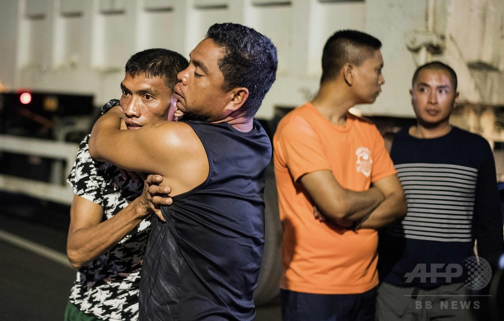 フィリピン警察、「人違い」で被害者を射殺