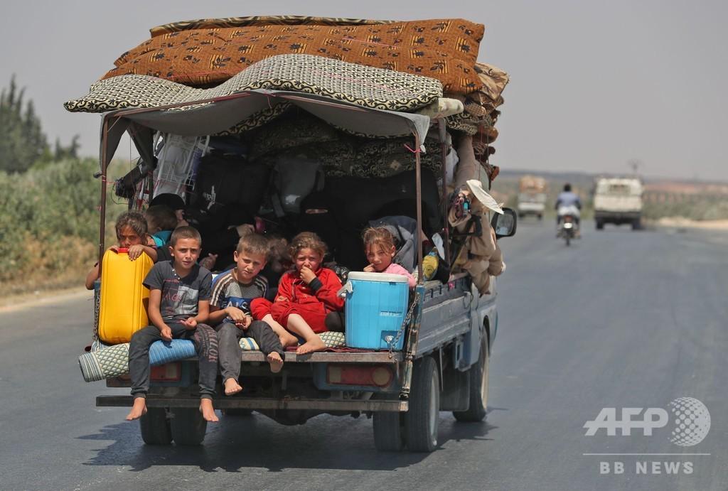 シリア政府、民間人に反体制派拠点からの脱出ルート提供へ