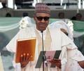 ブハリ新大統領就任、「課題に立ち向かう」 ナイジェリア