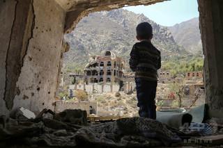 内戦下のイエメン、子ども50万人が通学断念 教育機会欠如は200万人に