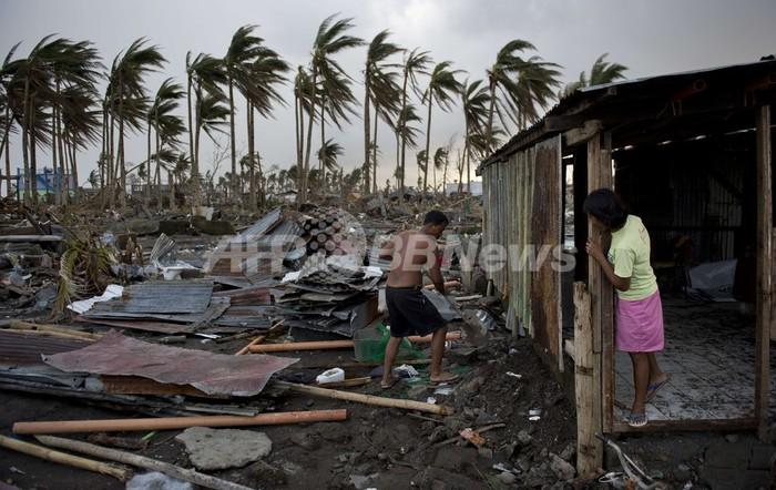 台風30号による死者、5200人超える フィリピン