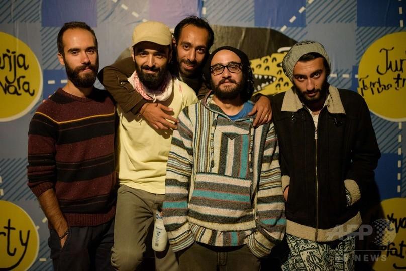 難民ロックバンド、思いがけない「欧州亡命ツアー」