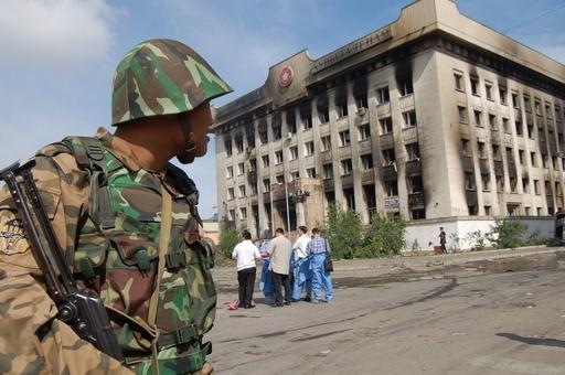 モンゴル総選挙、与党勝利を選管確認