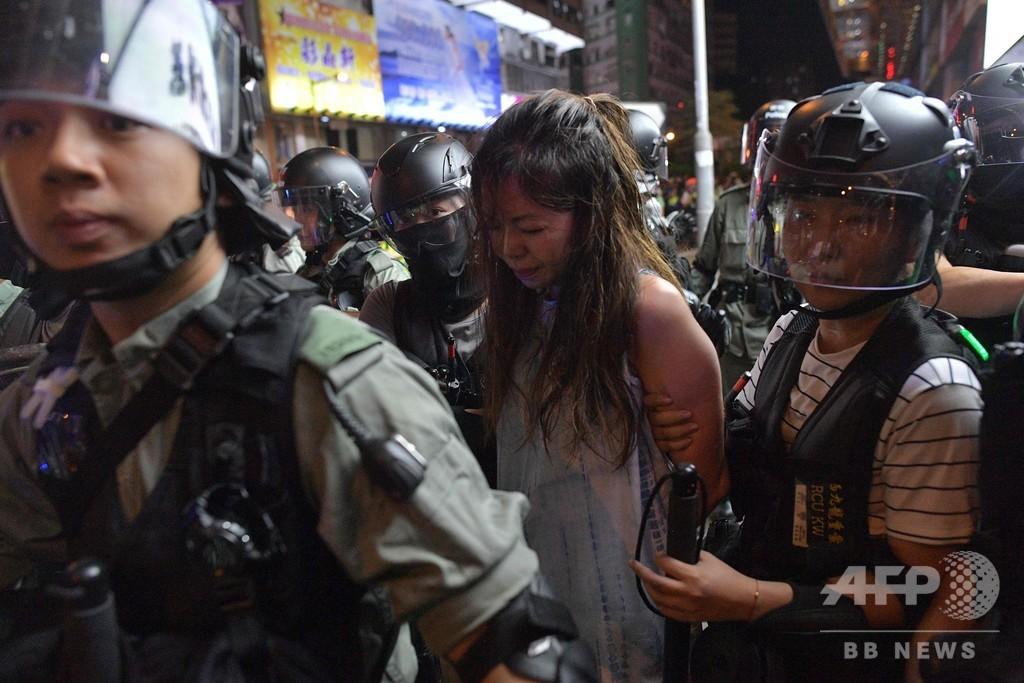民主派デモでインターネット制限の可能性、香港政府当局者