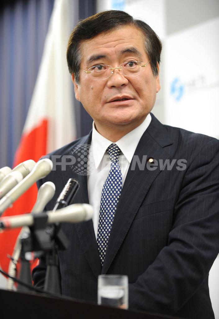 鉢呂経産相が辞任、福島原発事故の不適切発言で
