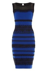 「黒と青」か「白と金