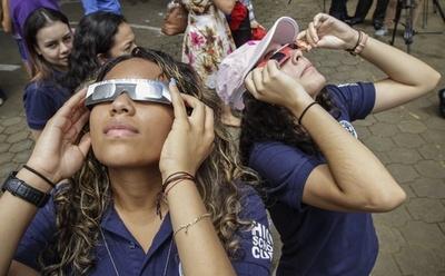 中南米でも部分日食