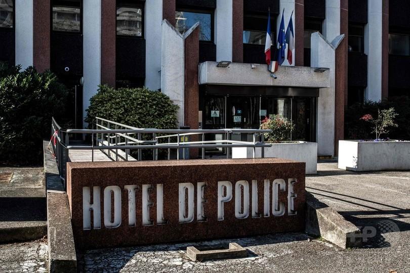 仏で起きた現金輸送車運転手の娘誘拐事件、自作自演か 父娘ら逮捕