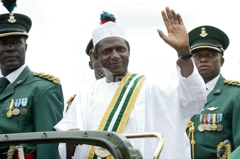 ナイジェリア大統領が死去