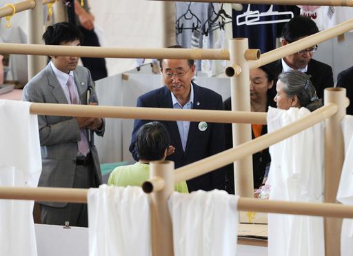 国連事務総長が福島訪問、被災者を激励「世界がついています」