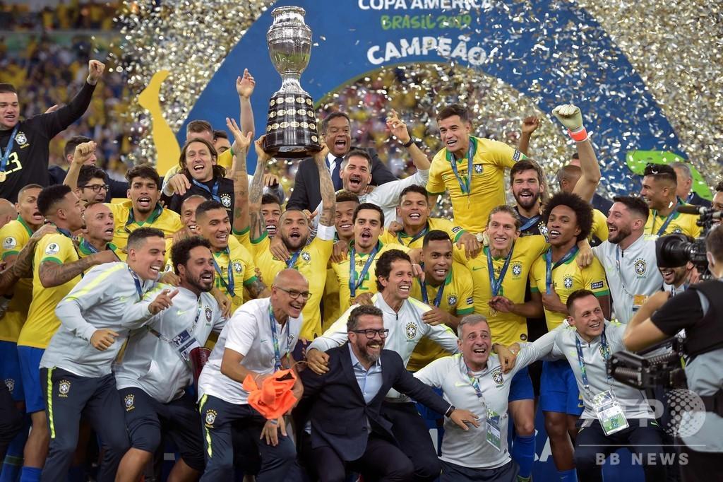 ブラジルが9度目のコパ制覇、ジェズス退場もペルー下す