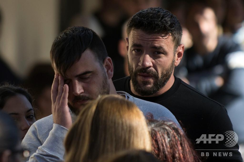 井戸に落ちた2歳児の死、スペイン中に悲しみ 転落当日に死亡と現地紙