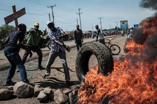 「投票日は家に」ケニアやり直し大統領選、野党指導者が呼び掛け