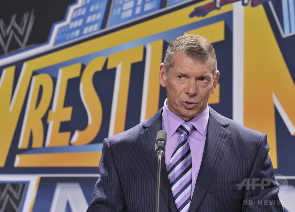 WWEのマクマホンCEO、アメフトの「XFL」復活計画を発表