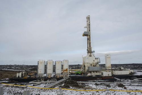 火山深部へ掘削、新たな地熱エネルギー開発 アイスランド