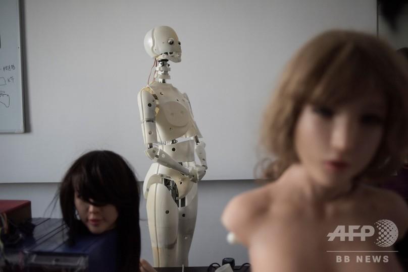 話せる「スマート」ラブドール、中国人男性の孤独感を埋められるか?【再掲】