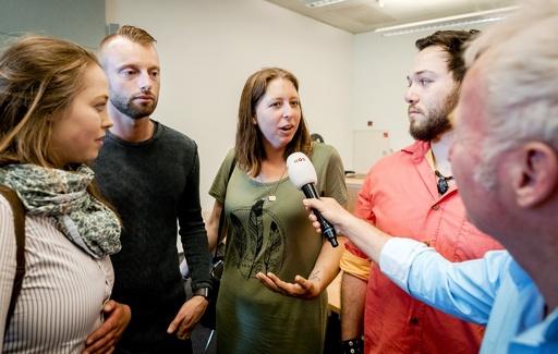自分の精子使った不妊治療医は「49人の父親」 オランダ