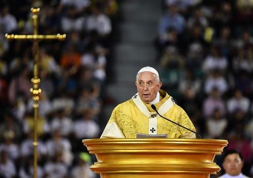 ローマ法王がタイでミサ、性労働者や人身売買被害者の尊重訴え