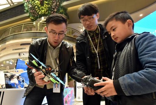 中国でドローン操縦士の資格取得が人気 6~14歳向けの養成コースも