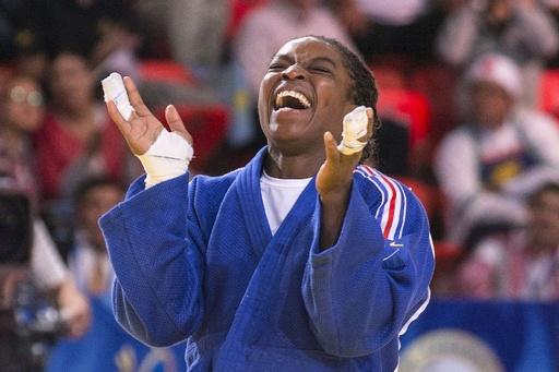 エマヌが3度目の金、新井はメダル逃す 世界柔道