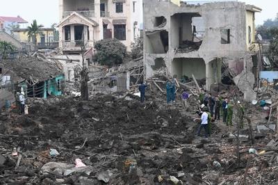古い弾薬の爆発で子ども2人死亡 ベトナム