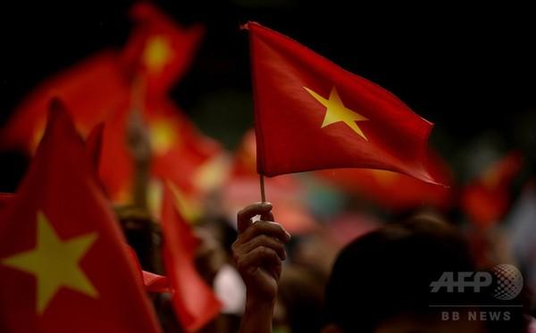 軍事化に「断固反対」=南シナ海、中国は自制を-ベトナム