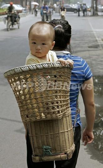 中国で人口男女比に大幅な不均衡、数十年間続く見通し 研究成果