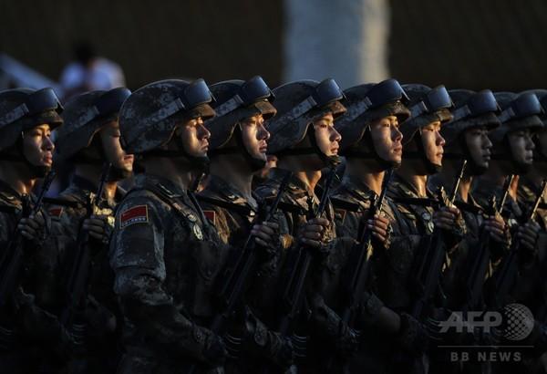 中国軍の兵力30万人削減を表明、習国家主席