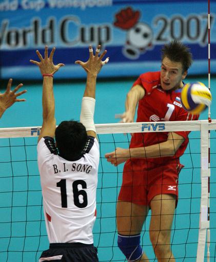 ロシア 韓国をストレートで降し4連勝