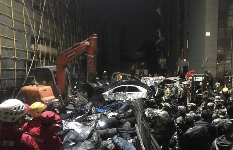 染色会社で汚水タンク崩壊事故 死者が9人に 中国・浙江省