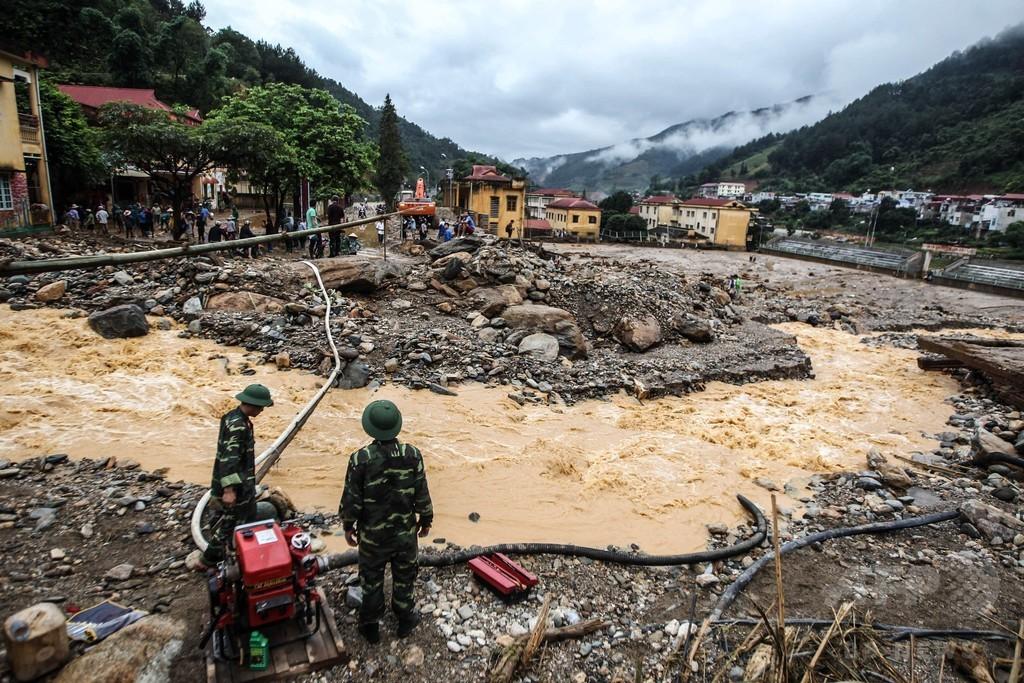 ベトナム北部、洪水や土砂崩れで26人死亡 15人行方不明