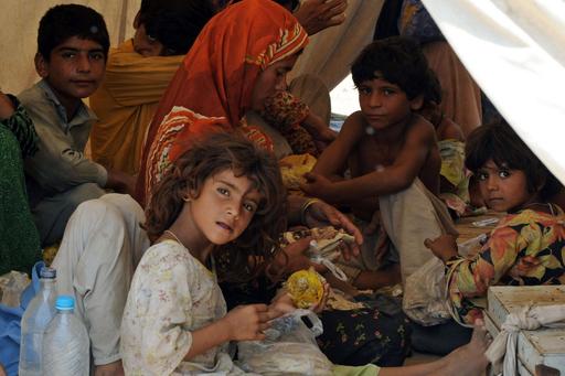 洪水被害のパキスタン、資金援助の動き鈍く