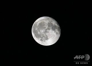 中国が「人工月」打ち上げへ 街灯代わり、電気代節約に
