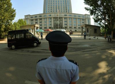 中国共産党員が「汚職の自白強要され溺死」、国営メディア報道