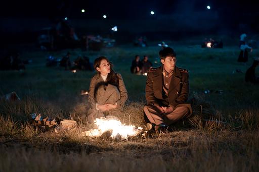 韓国富豪の娘が北朝鮮で軍人と恋に落ちる…現実離れしたドラマが人気