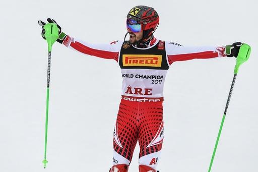 回転王者ヒルシャー、最多タイ7個目の金メダル獲得 世界アルペン