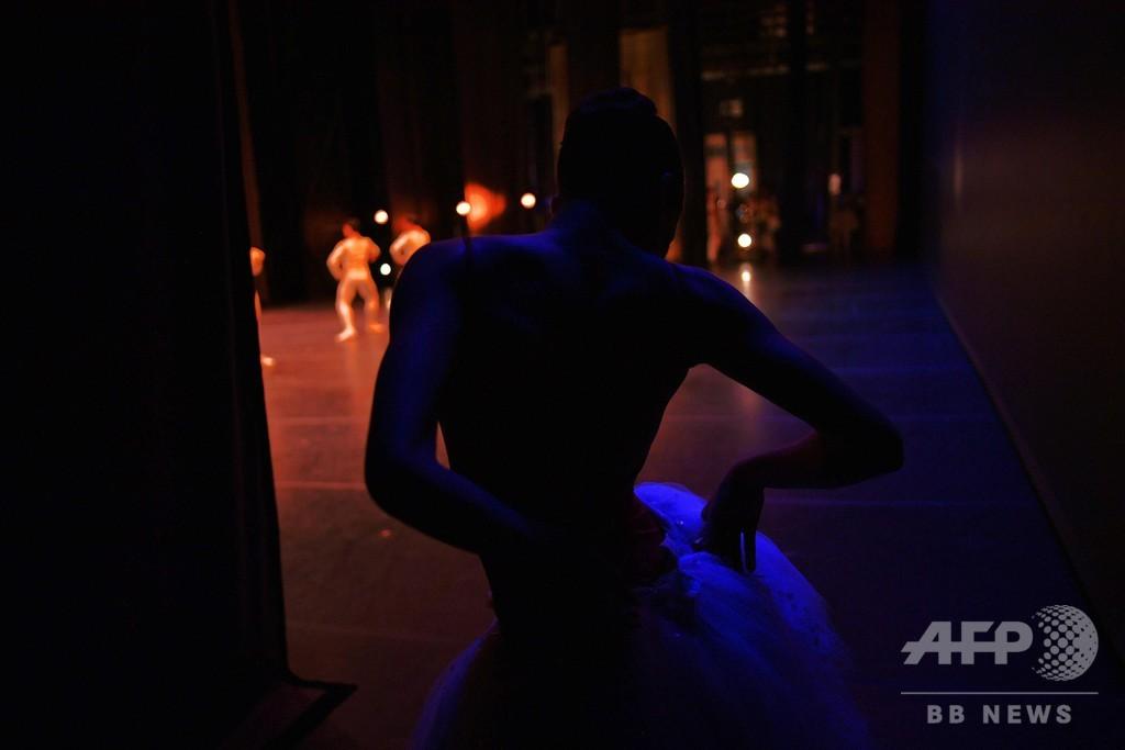 経済危機の余波を受けたバレエ団、1年ぶりの舞台の喜び