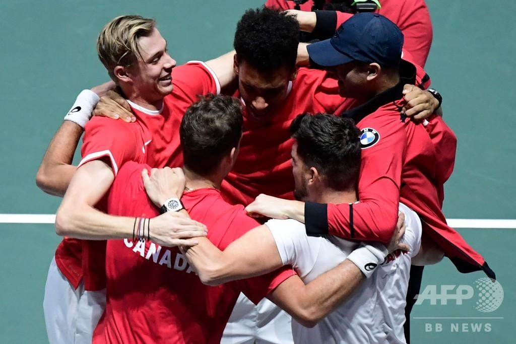 カナダが初のデビスカップ決勝へ、ロシアとの激闘制す