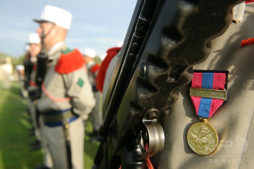 行方くらませて仏外国人部隊に入隊した米兵に禁錮4年、軍法会議